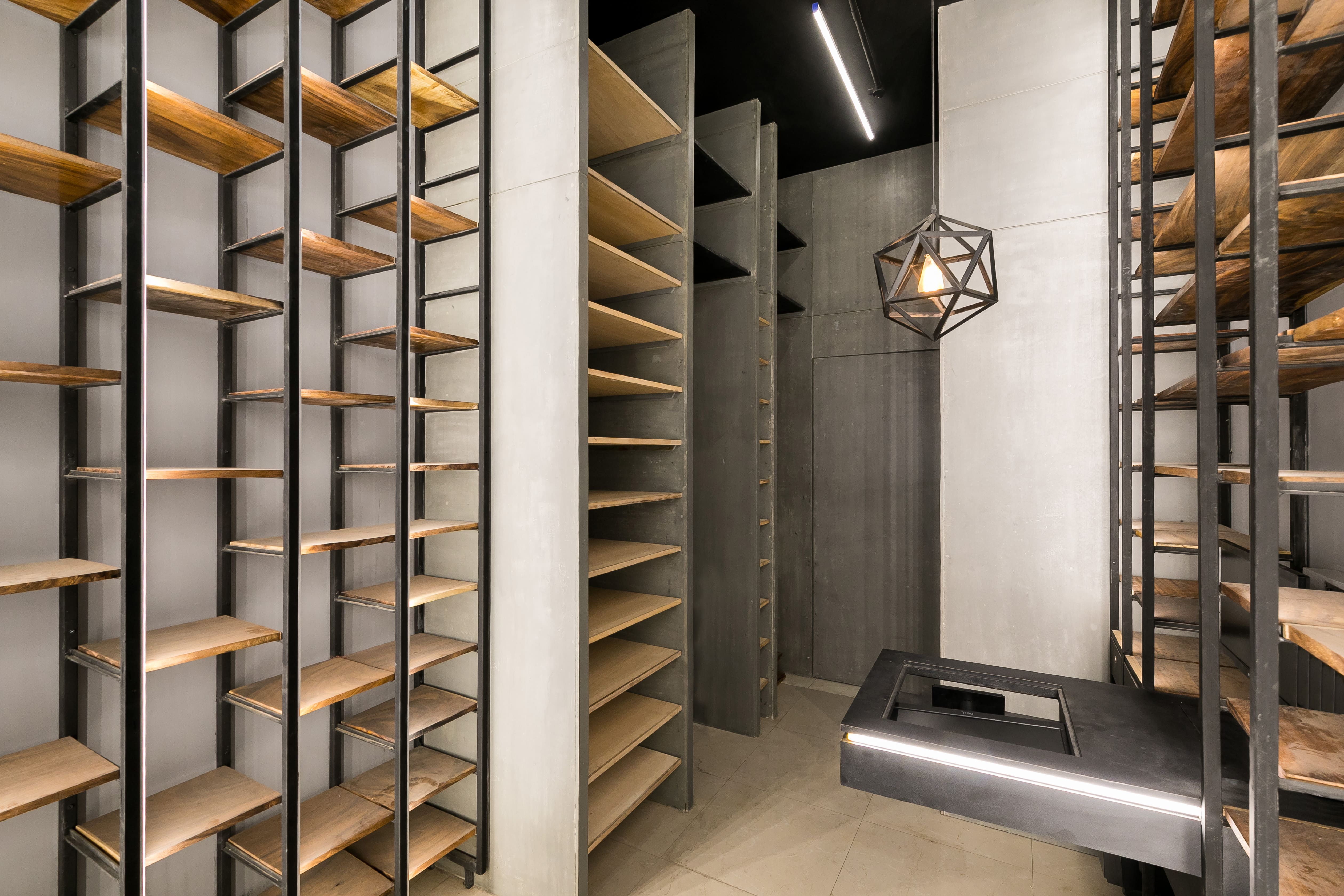 Liquor store Kayz studio 4